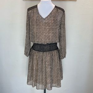 NWOT Vanessa Virginia Blouson smocked dress